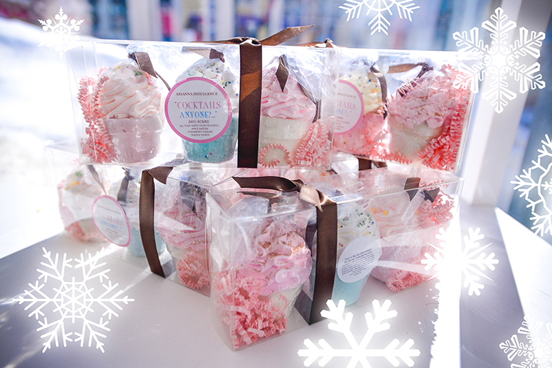 cupcake-shaped bath bombs gift-wrapped with snowflakes icons
