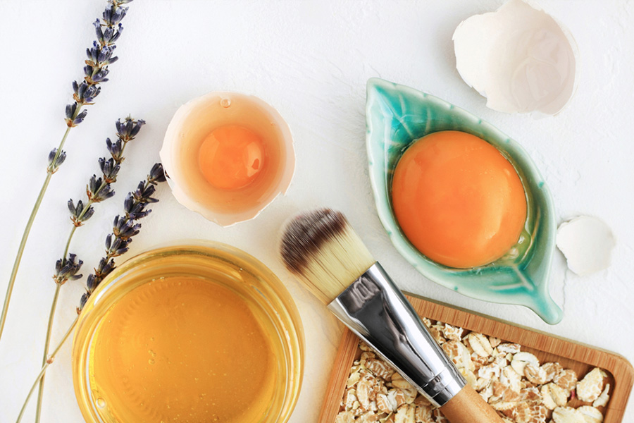 homemade facial mask with oat, eggs and honey